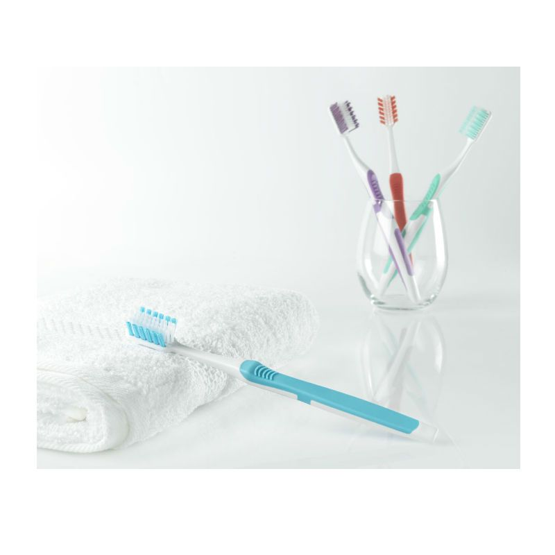 World Wide Daily Better Toothbrush Medium Hardheid
